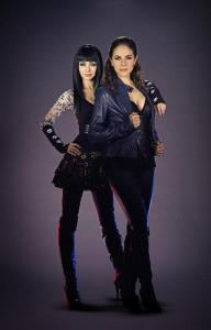 lost-girl-small-kenzi-and-bo
